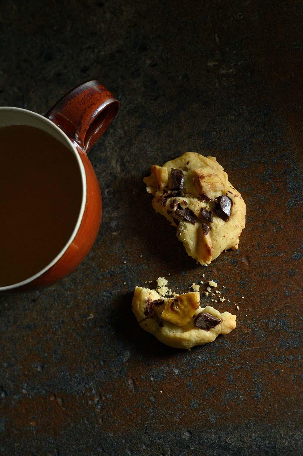 Schoko-Cookies zum Tee