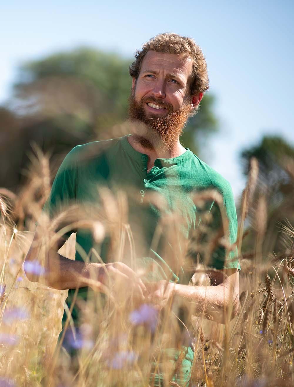 Der Getreide-Bauer im Getreide-Feld